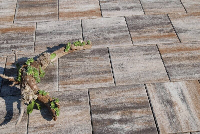 Gartenplatte - Marmorierte Splittbett-Platten