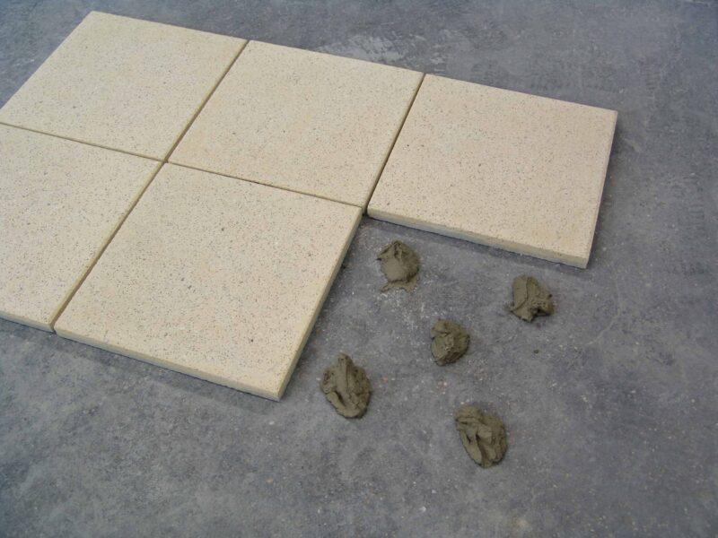 Häusler Klebemörtel-Systemlösung